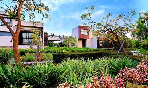 The Golden Tusk Resort Corbett