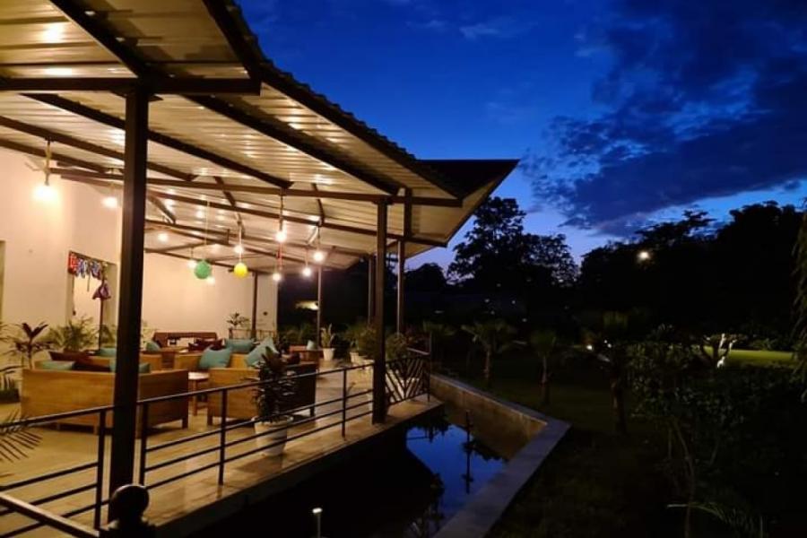Alaya Resort Outdoor Dining