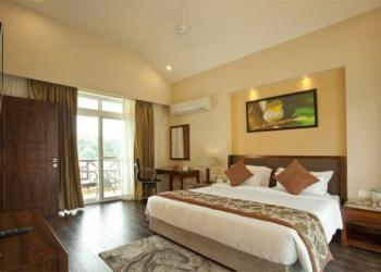 Corbett Decoracao Resort New Year Package